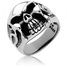 Стальное кольцо с черепом