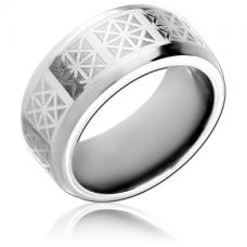 Матовое стальное кольцо с графическим орнаментом